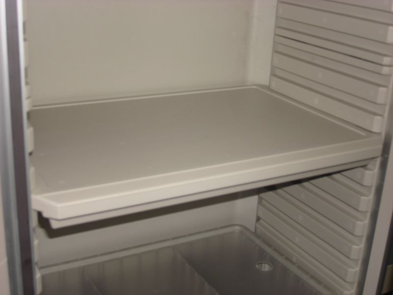 Metro® SXRSOHPS - Single WIDE POLY SHELF